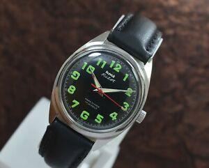 Vintage Hmt Pilot 17 Jewels Para Shock Hand Wind Men's Wrist Watch