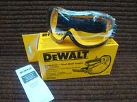 DEWALT CONCEALER CLEAR ANTI FOG SAFETY GOGGLES EN166 & CE APPROVED DPG82-11D