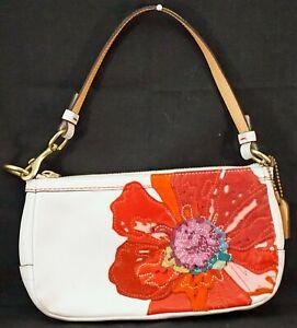 Coach Leather White Poppy Flower Clutch Wallet Purse #J05Q-9291