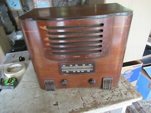 Vintage 1939? Wards Airline Tube Radio Model 62-460 Lot 21-51-10