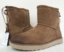 New UGG Men's 9 Classic Toggle Waterproof Suede Fur Boots Chestnut 1018454