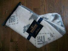 PENDLETON Sherpa Fleece REVERSIBLE Gray Cream Aztec Southwest THROW Blanket NEW