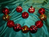 ~ 12 alte Christbaumkugeln Glas rot gold Weihnachtskugeln Vintage Tannenbaum CBS