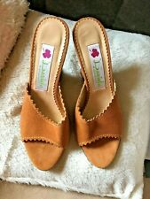 NEW : Daniela Size 5 tan suede shaped wedge high heel  shoes mules sandals NEW