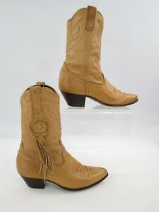 Ladies Laredo Camel Tassel Pointed Toe Cowgirl Boots Size: 7M