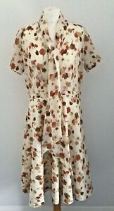 Vintage 70's Women's Handmade Tan Leaf Print Pussy Bow Tie Dress Size 12-16
