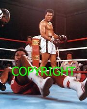"""MUHAMMAD ALI v GEORGE FOREMAN Famous """"Rumble in the Jungle"""" action PHOTO 10 x 8"""