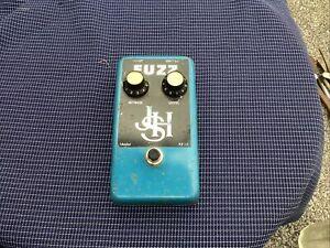 JHS  Guitar Pedal Called A Fuz