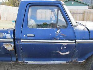 DOOR GLASS WINDOW - RH FRONT - 1973-1979 FORD TRUCK F100-F350 75TF3-1H1