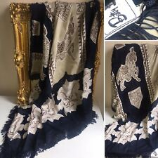 BETTY BARCLAY - BAROQUE EQUESTRIAN PATTERNED FRINGE SCARF Navy Beige