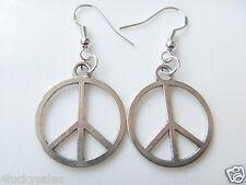 Fair Fashion Ladies 1 Pair Fashion Peace Sign Charm earring Silver Plated