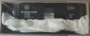 HO Scale Roundhouse Southern Pacific 40' Box Car Kit