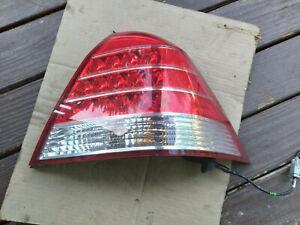 2005 - 2007 MERCURY MONTEGO PASSENGER TAIL LIGHT