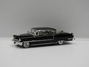 """1:43 1955 Cadillac Fleetwood Series 60 """"The Godfather"""" Greenlight 86492"""