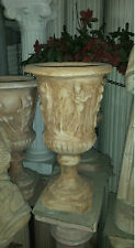 vaso colonna portafiori in cemento per giardini
