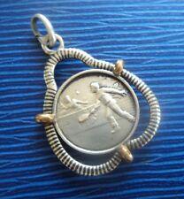 Insolito BIADESIVO medaglia d'argento pendente o c.1920/30s GIOCATORI DI TENNIS/corrispondenza