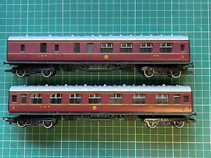 2 x Hornby oo Gauge Maroon LMS Coaches For Model Railway Layout