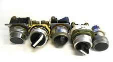 ASSORTED SELECTOR SWITCHES, PUSH BUTTON, AND INDICATOR LIGHT (LOT OF 5)