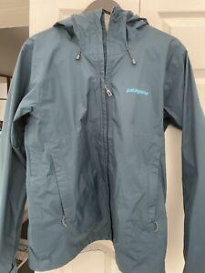 PATAGONIA - Classic Navy Torrentshell 2.5L Jacket - Waterproof Jacket - Medium