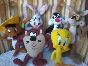 Looney Tunes lot of 6 soft plush toys BUGS, WYLIE, TWEETY, SYLVESTER, TAZ SPEEDY