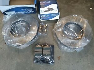 FRONT  Brake Rotors + Ceramic Pads Toyota Avalon  Solara Lexus  Rotors Pads Kit