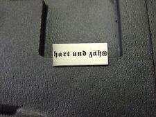 Pin Hart und Zäh - 1 x 2,5 cm