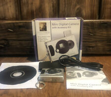 Vintage 2005 Innovage Mini Digital Camera 3 in 1 on Keychain Original Box W/Case