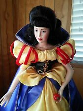 Snow White by Franklin Heirloom Dolls.
