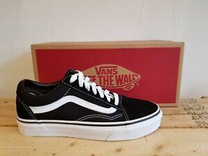 Vans Classic Old Skool Black/White Suede Skateboarding Shoes for Men