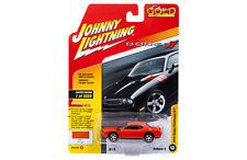 Johnny Lightning 1:64 Classic Gold 2017 #4 A 2010 Dodge Challenger R/T JLCP7060