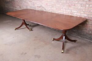 Drexel Heritage Georgian Banded Mahogany Double Pedestal Dining Table, Newly Res