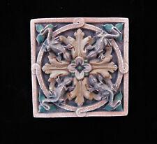 Lizard Gothic Ellison Tile