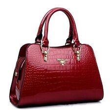 Damentaschen aus Lackleder