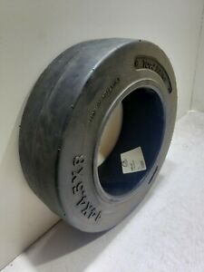 Total Source 14 x 4.5 x 8 Press On Smooth Fork Lift Wheel / Tire