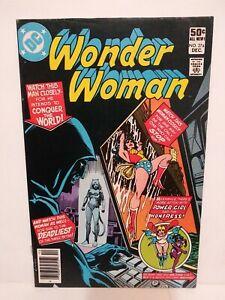 Wonder Woman # 274 1st Appearance Cheetah (Deborah Domaine) NEWSSTAND Nice Shape