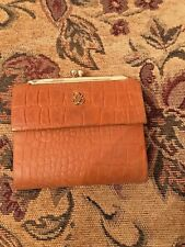 Ladies Vintage Buxton Brown Top Grain Cowhide #16 Bifold Wallet