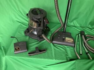 Rainbow E2 - 1 speed Canister Vacuum Cleaner NICE