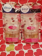 2 Febreze NOTICEables CRANBERRY CHEER Scented Oil Refills Limited Edition