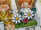Twins Necklaces, Sarah coventry Necklaces, Daisy Necklace, Daisies Signed G114