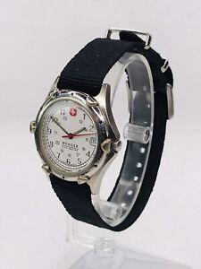 Vintage Wenger SAK Design Swiss Army Men's Date Watch Silver 100M WORKS W217