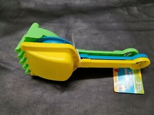 3pc Sand/Beach Toy Set for Kids Toddlers Rake Shovel Scoop (colors vary) NEW
