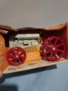 ERTL - Die-Cast Antique Fordson Tractor - White - New In Packaging