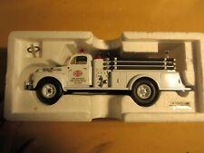 1st Gear 1951 FORD F-7 White SOHIO FIRE TRUCK MIB 1:34 Lima Refinery 18-1925