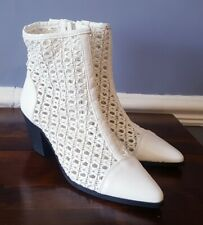 Size 4 Ladies White Boots Unusual