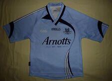 Dublin GAA (Ath Cliath) / 2009 Home - O'NEILLS - JUNIOR Jersey / Shirt. 7-8 yrs