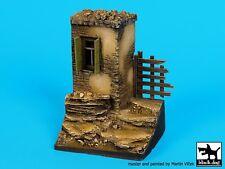 Black Dog 1/35 House Corner Section No.4 Vignette / Diorama Base [Resin] D35074