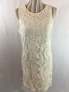 Forever 21 Size Medium Dress Sleeveless Form Fitting Crocheted Boho Sheath Ivory