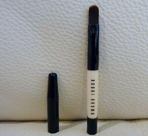 Bobbi Brown Concealer Brush, Travel Size, Brand New!