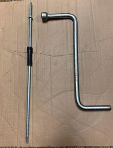 Wheel Lug Nut Bolt Wrench & Tools 6758731 BMW E65 750i