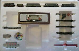 Marklin Mini Club Z Gauge Train Set 81781 Bavarian Train with Castle Kit